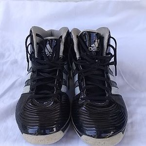 Adidas tennis shoes/ basketball shoes